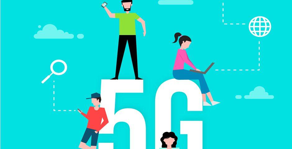 Personas usando dispositivos conectados a la red 5G